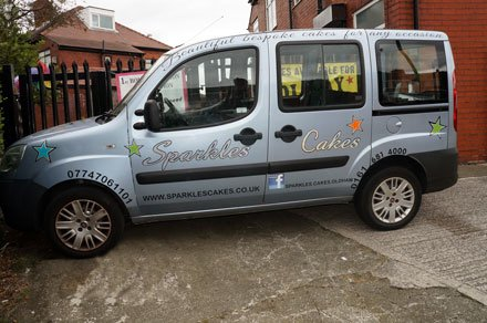 Sparkles Cakes Car: we deliver cakes on time and in pristine condition